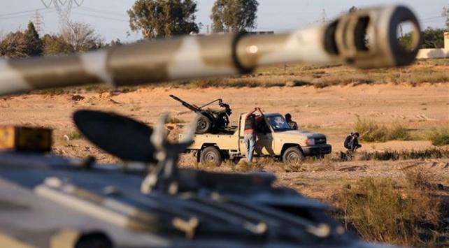 Libyada Hafter güçlerinden 17 kişi UMHye teslim oldu