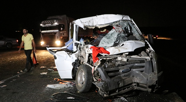 Diyarbakırda trafik kazası: 8 yaralı