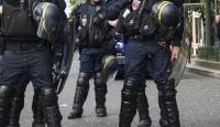 G7 Zirvesi öncesi protesto: 17 gözaltı, 4 yaralı