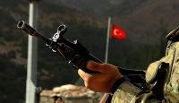 Hakkari'de yaralanan asker şehit oldu