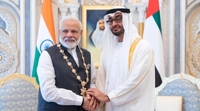 Birleşik Arap Emirliklerinden Hindistana skandal ödül