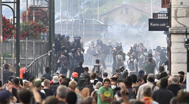 Fransada G7 Zirvesi protestoların gölgesinde başladı