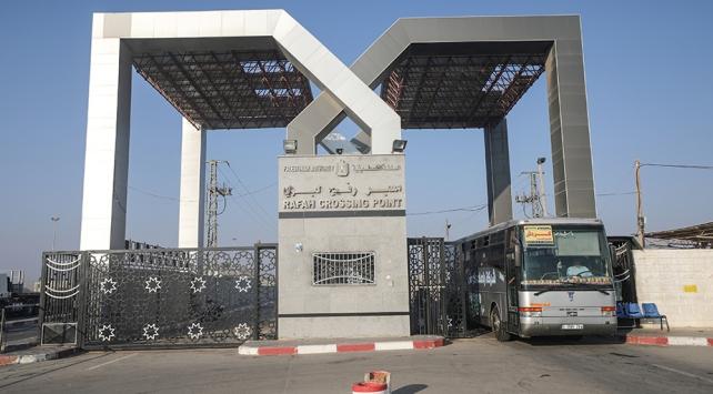Mısır, Gazzenin dünyaya açılan tek sınır kapısını kapatma kararı aldı