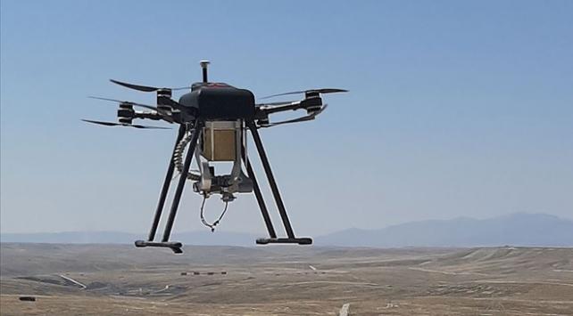 """Silahlı drone Songar """"bomba atar"""" kuşandı"""