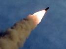 Kuzey Kore, yeni süper büyük çoklu füze fırlatma sistemini denedi