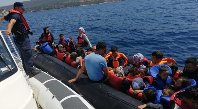 İzmirde 69 düzensiz göçmen yakalandı