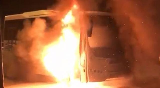 Edirnede seyir halindeki minibüste yangın