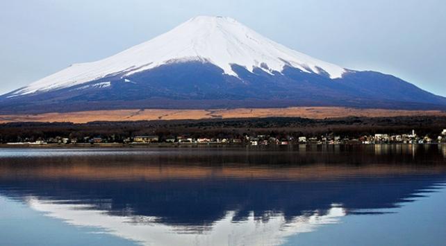 Japonyada kadın dağcı Fuji Dağında hayatını kaybetti