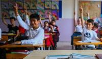 Okullarda bağış adı altında kayıt parası toplayan kişilere soruşturma