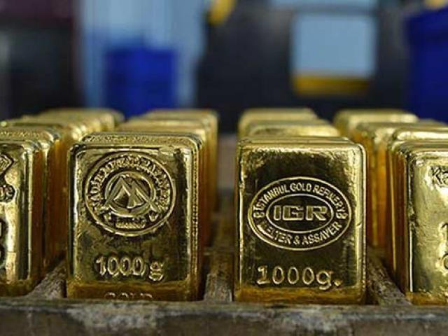 Dünya ekonomisini yöneten sarı fırtına: Altın
