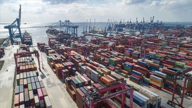 Dış ticaret açığı yüzde 46,9 azaldı