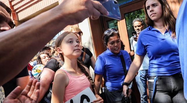 İklim aktivisti Thunberg, BM önünde eylem yaptı