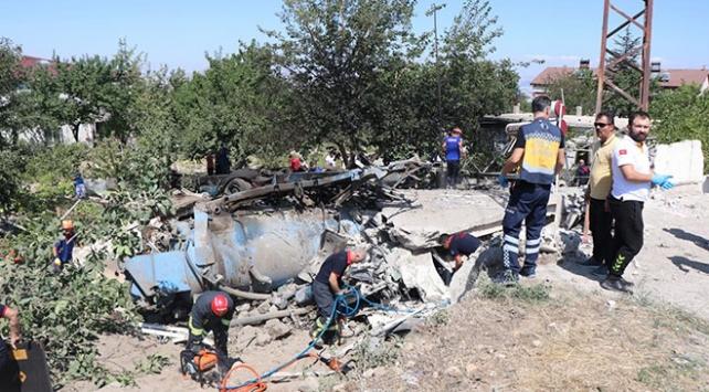 Kayseride kamyon eve girdi: 4 kişi hayatını kaybetti