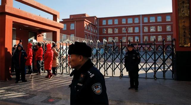 Çinde ilkokula saldırı: 8 çocuk hayatını kaybetti