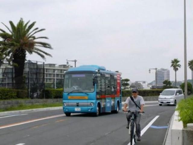 Japonyanın sürücüsüz otobüsü olimpiyatlara hazırlanıyor