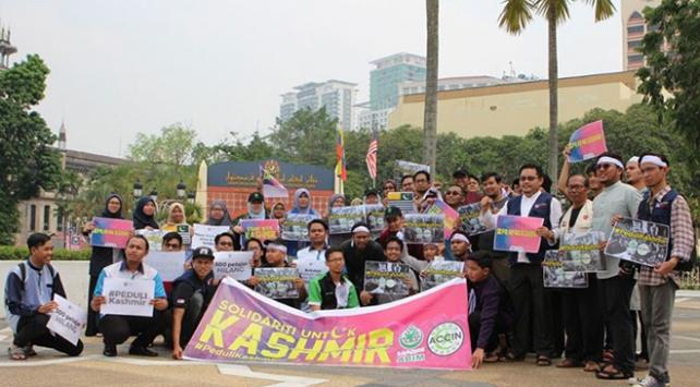 Malezyada Keşmirdeki Müslümanlarla dayanışma eylemi