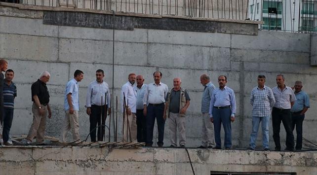 Diyarbakır Belediyesi cami inşaatlarını kaçak yapıya dönüştürmüş