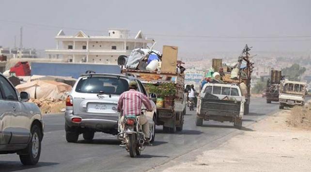 İdlibde 1 yılda 1 milyon kişi göç etti