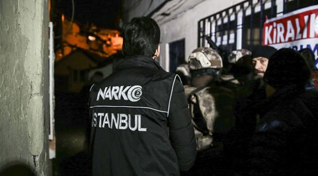 İstanbulda uyuşturucu tacirlerine geçit verilmiyor: 22 tutuklama