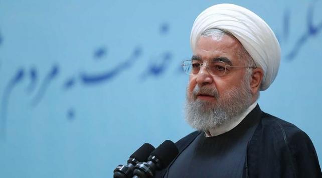 Ruhani: ABD, savaşı savunanların bir faydasının olmadığını anlamalıdır