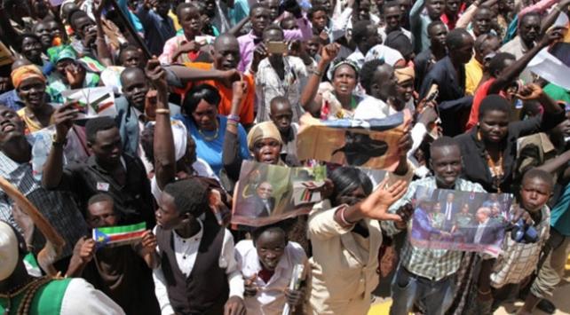 Güney Sudanda geçiş hükümeti 2 ay içinde kurulacak