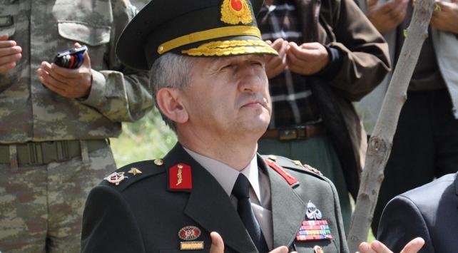 MİT tırlarını durduran eski tuğgeneral FETÖ yöneticisi ile görüşmek için hat çıkarmış