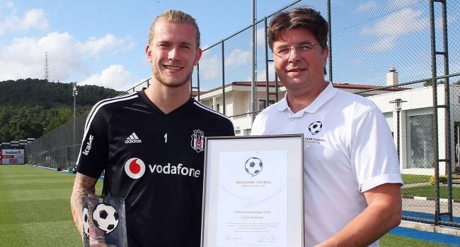 Karius'a Almanya Futbol Elçisi ödülü