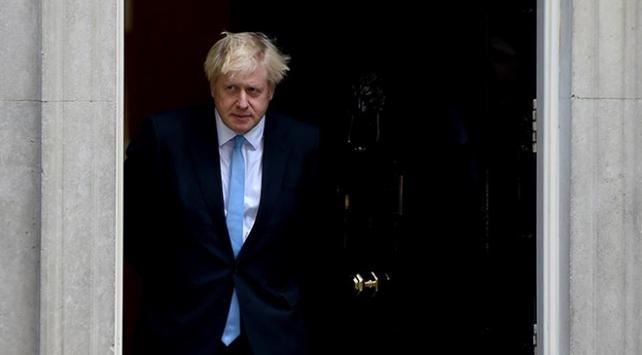 Johnsondan Kraliçeye yalan söylediği iddialarına yalanlama