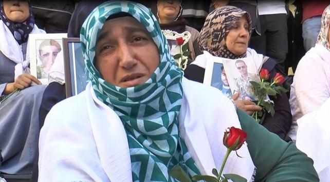 Ailelerin terör örgütüne karşı nöbeti sürüyor