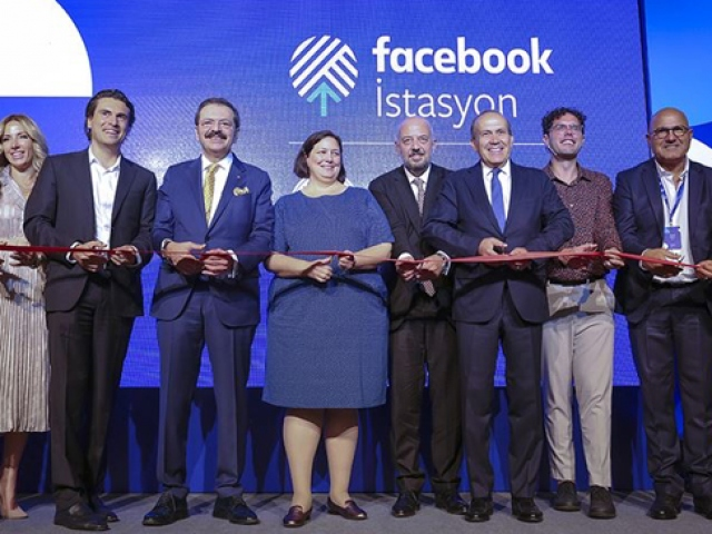 Facebook İstasyon İstanbulda açıldı