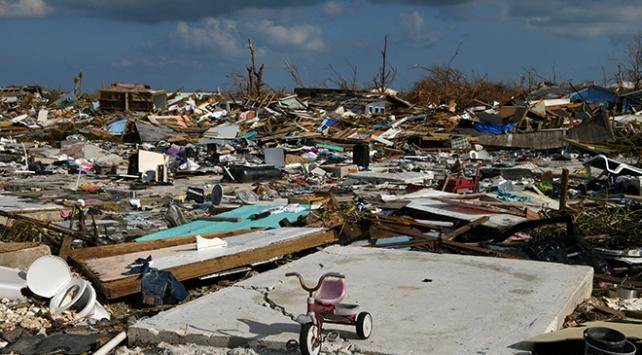 Bahamalarda bin 300 kişi hala kayıp