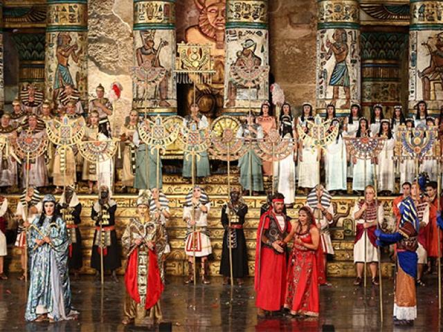 Aida Operası TRT 2den canlı yayınla sanatseverlerle buluştu