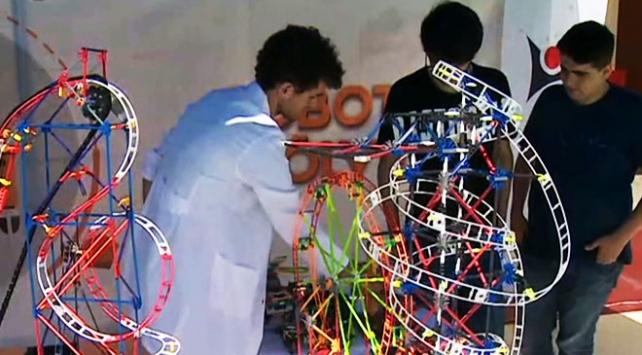 Bilimle eğlenceyi buluşturan proje: Bilim Seyyahları