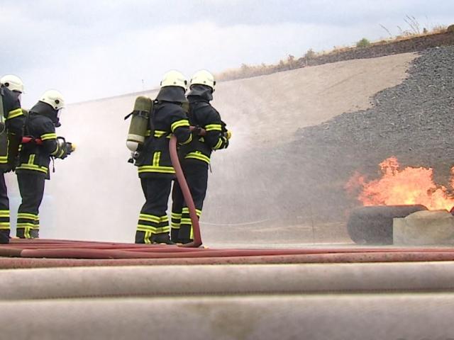 Arama kurtarma ekipleri İzmirdeki yarışmada ter döktü