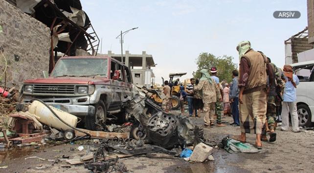 Yemende Husiler füze ile saldırdı: 9 ölü