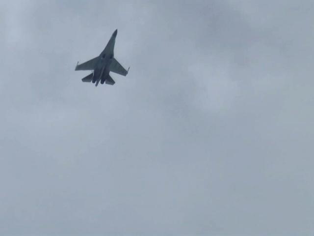 Rus savaş uçağı SU-35 İstanbul'da test uçuşu yaptı