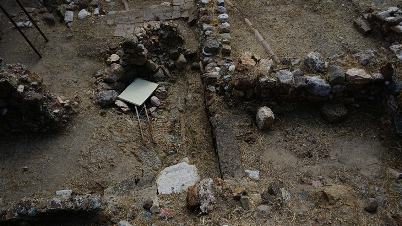 Antandros Antik Kenti'nde tasnif ve restorasyon çalışmaları