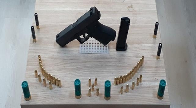 Çanakkalede uyuşturucu ve kaçak silah operasyonları: 15 gözaltı