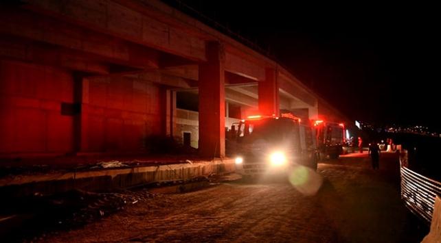 İzmirde Bayraklı Şehir Hastanesi inşaatında yangın