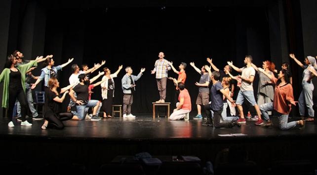Bursa Devlet Tiyatrosu perdelerini Keşanlı Ali Destanı ile açacak