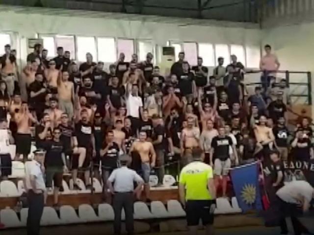 Yunanistandaki hentbol maçında Türk bayrağı krizi