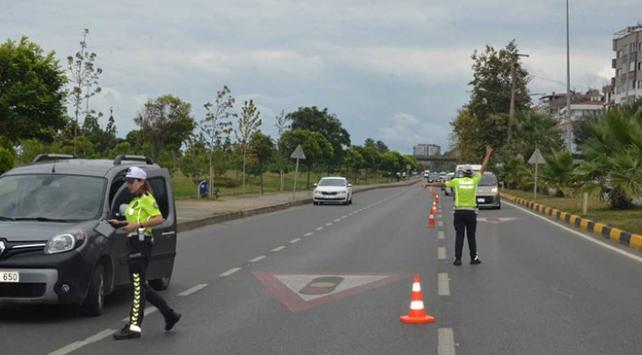 81 ilde hız denetimi: Binlerce sürücüye ceza kesildi