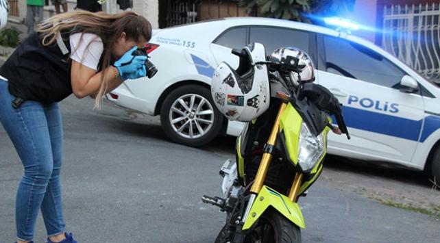 Sokaklarda ateş açan motosikletli saldırganlar, 5 kişiyi yaraladı