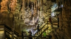 Karaca Mağarası yerli ve yabancı turistlerin ilgisini çekiyor