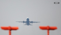 Sarhoş İngilizler kaçırdıkları uçağın peşinden koştu