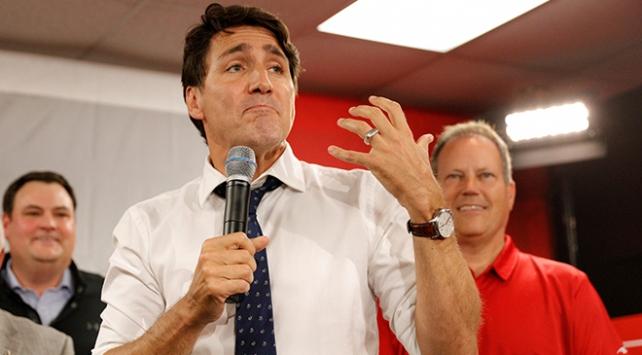 Trudeau'nun yüz kızartan fotoğrafı Kanada'yı karıştırdı