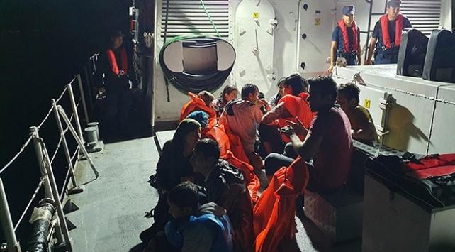İzmirde 251 düzensiz göçmen yakalandı