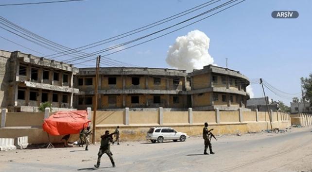Somalide askeri üsse intihar saldırısı: 8 ölü