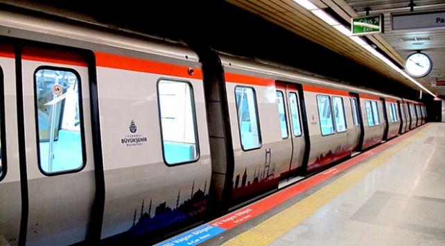 Atatürk Havalimanı metro istasyonunda TEKNOFEST yoğunluğu
