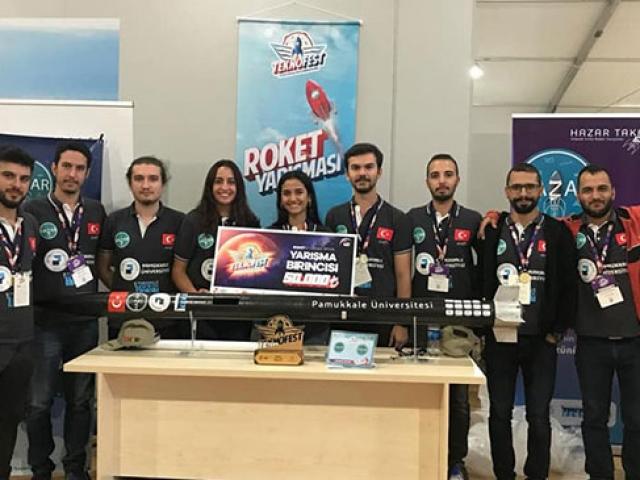 TEKNOFEST'te ödül alan öğrenciler projelerini TRT Haber'e anlattı